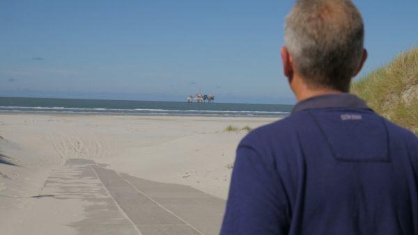 Oeke-AWG-vanaf-strand